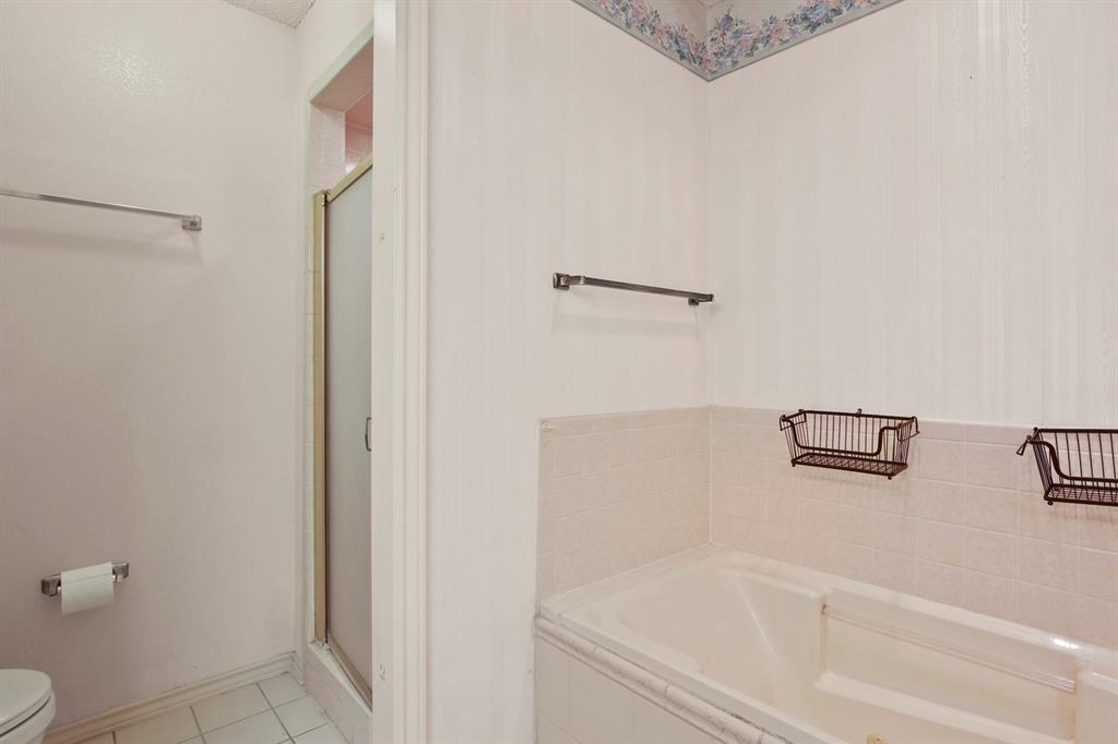 Sold Property   1118 Stonewall Street Garland, TX 75043 25