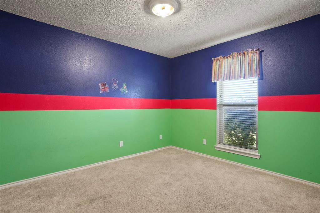 Sold Property   1118 Stonewall Street Garland, TX 75043 28