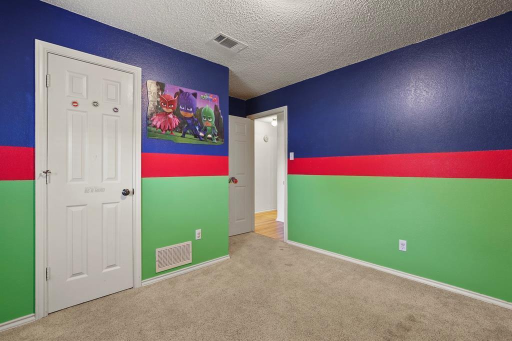 Sold Property   1118 Stonewall Street Garland, TX 75043 29