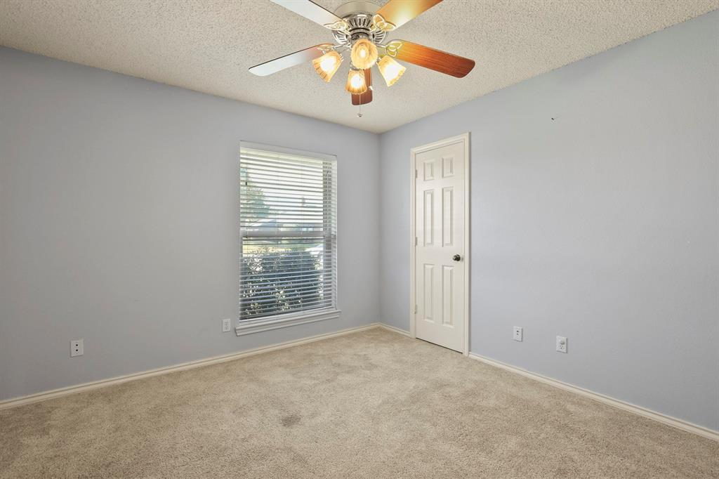 Sold Property   1118 Stonewall Street Garland, TX 75043 30