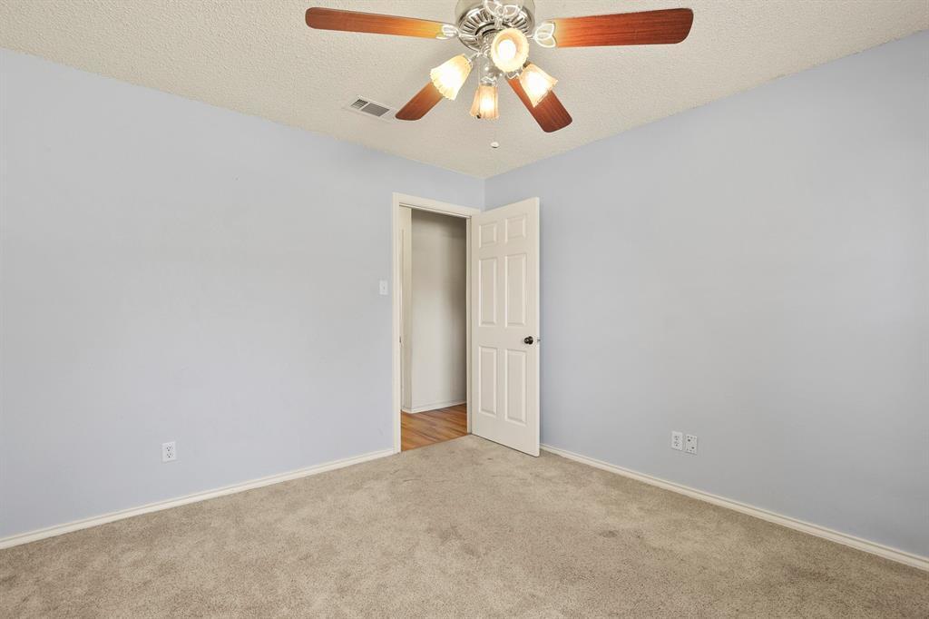 Sold Property   1118 Stonewall Street Garland, TX 75043 31