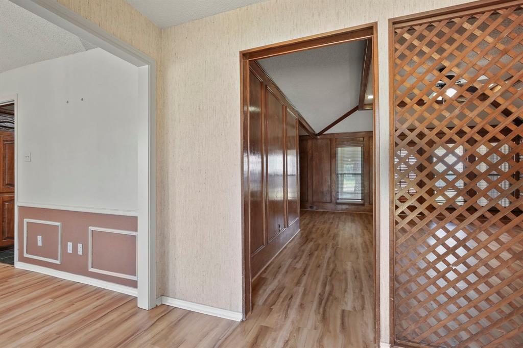 Sold Property   1118 Stonewall Street Garland, TX 75043 5