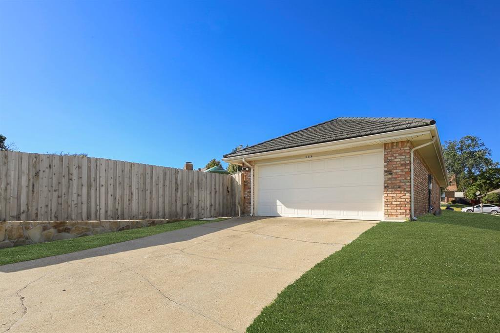 Sold Property   1118 Stonewall Street Garland, TX 75043 36