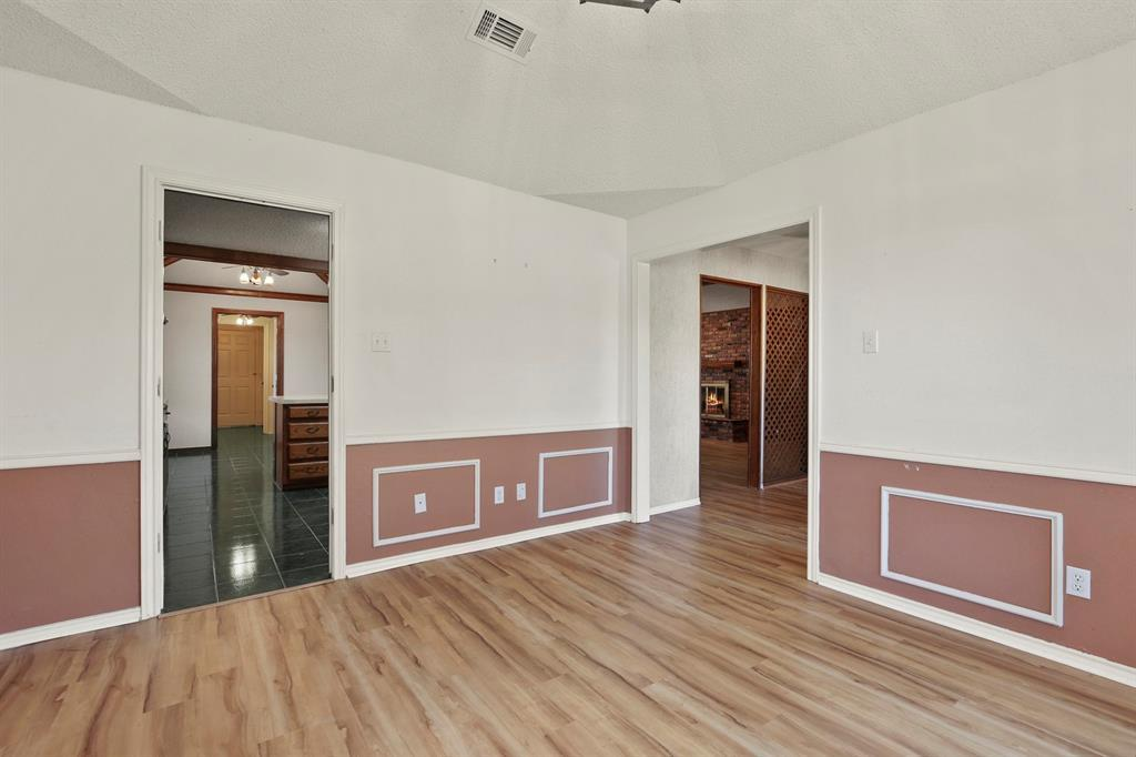 Sold Property   1118 Stonewall Street Garland, TX 75043 8