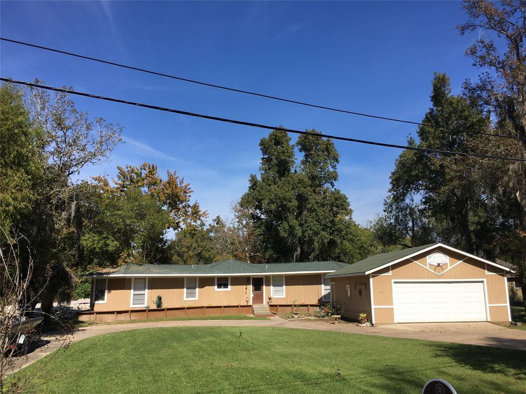 Active   1 Lake View Drive Huntsville, Texas 77320 2