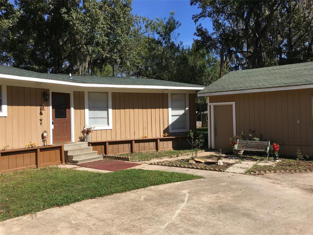 Active   1 Lake View Drive Huntsville, Texas 77320 29