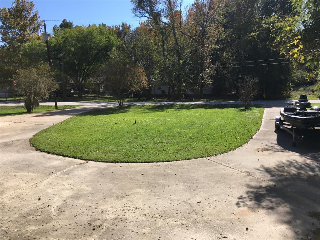 Active   1 Lake View Drive Huntsville, Texas 77320 32