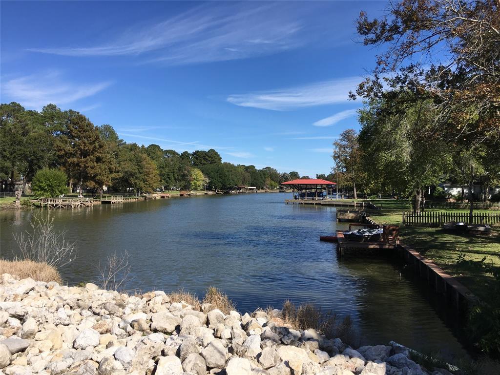 Active   1 Lake View Drive Huntsville, Texas 77320 43