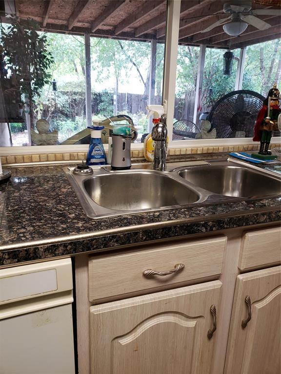 Sold Property | 1616 Homestead Street Flower Mound, Texas 75028 5