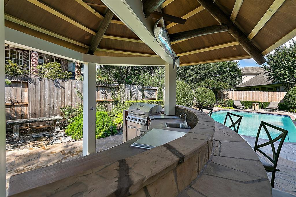 Pending | 13502 Gainesway Drive Cypress, TX 77429 37