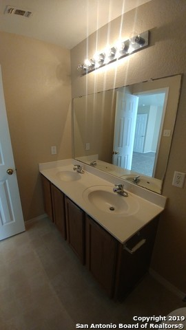 Property for Rent   8223 MAPLE MEADOW DR  Converse, TX 78109 10