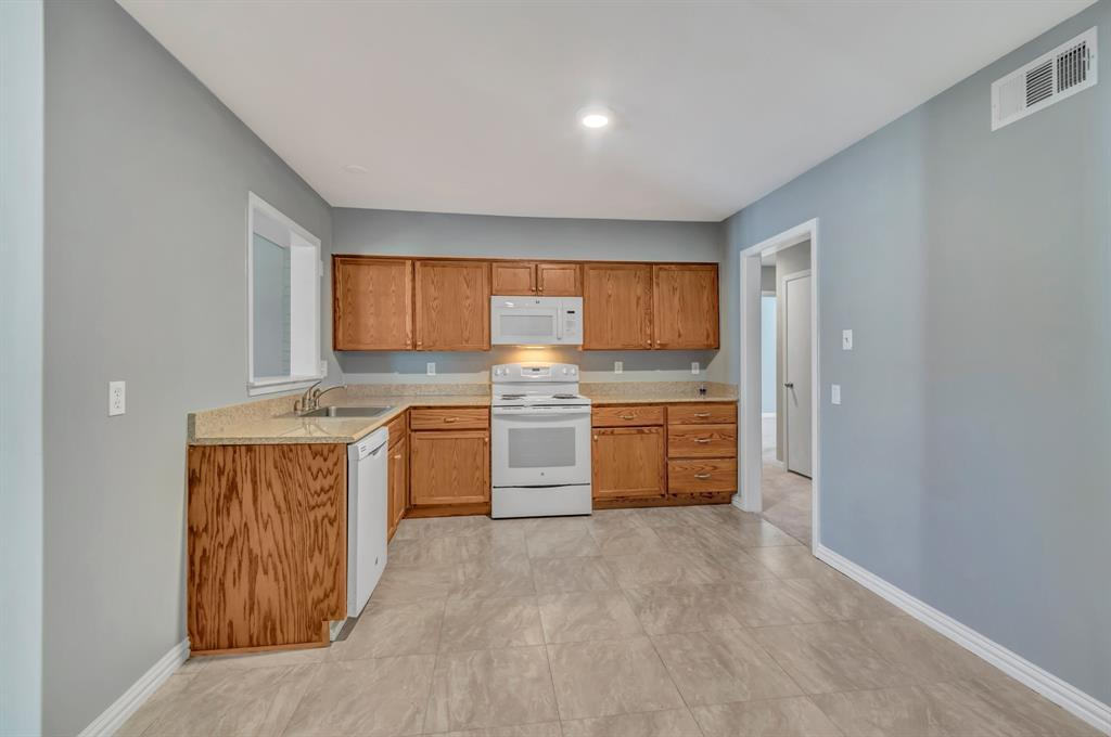 Sold Property | 5319 Kiamesha  Way Mesquite, TX 75150 8