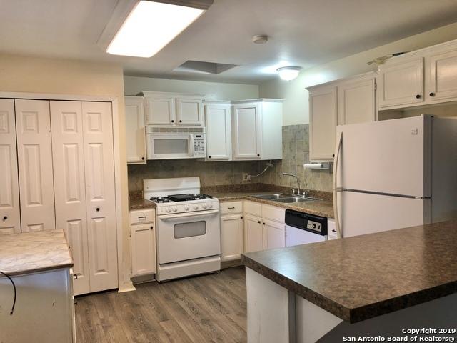 New | 4862 CASTLE SHIELD  San Antonio, TX 78218 3