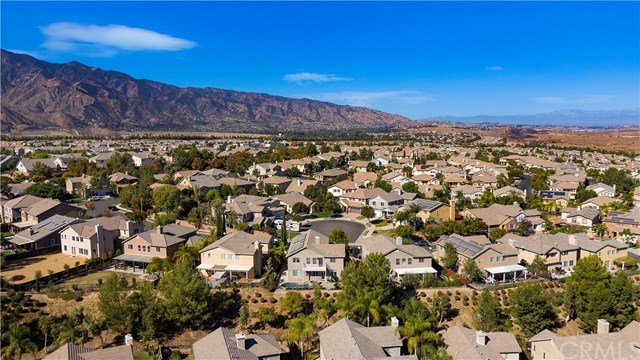 Active | 11345 Figtree Terrace Road Corona, CA 92883 49