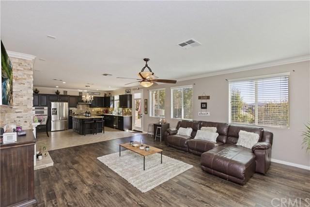 Active | 11345 Figtree Terrace Road Corona, CA 92883 13
