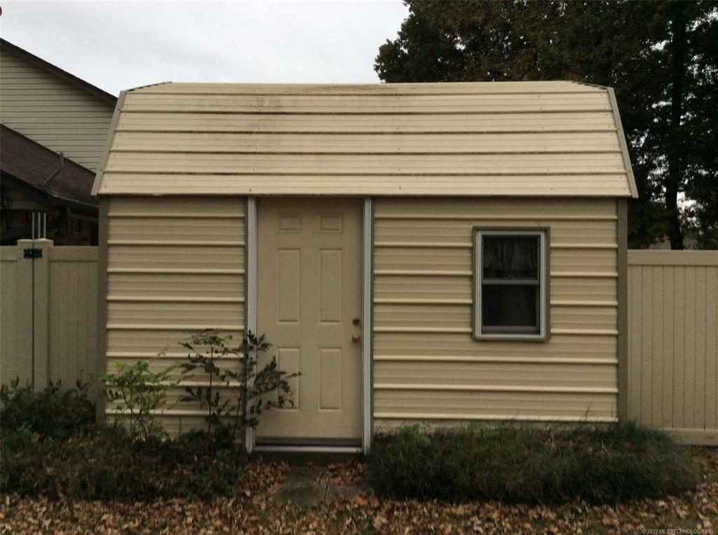 Active   515 Cherry Point Lane Pryor, OK 74361 17