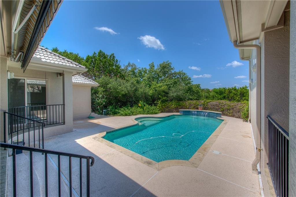 Sold Property | 45 Autumn Oaks Drive The Hills, TX 78738 35