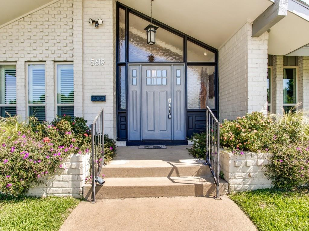 Sold Property | 5619 Northaven Drive Dallas, Texas 75230 2
