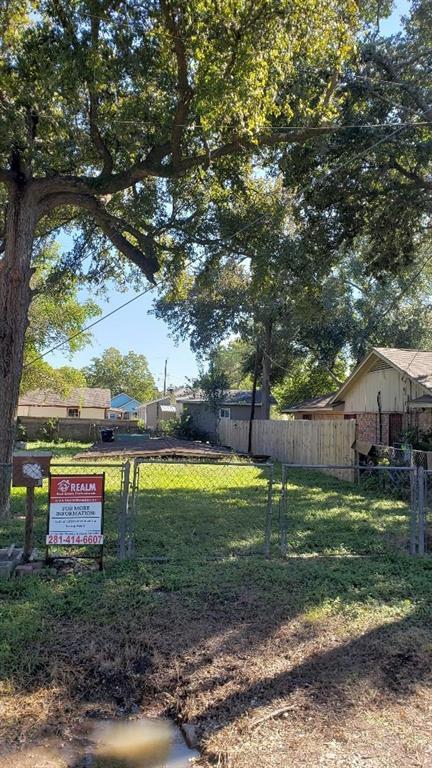 Active | 801 Cub Lane Richmond, TX 77469 0