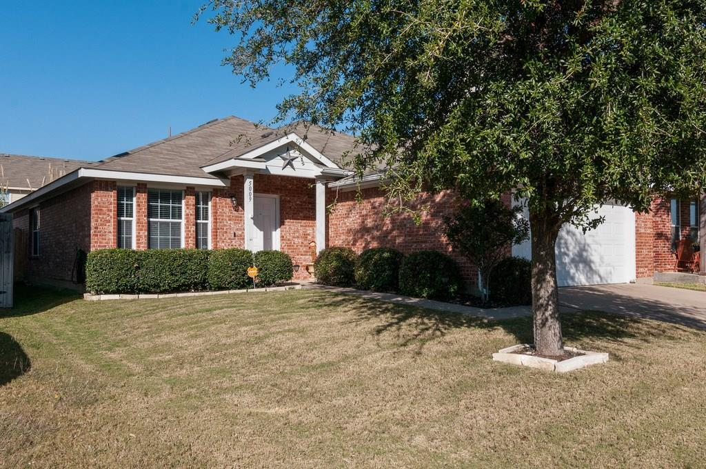 Sold Property | 5009 Meridian Lane Fort Worth, Texas 76244 1