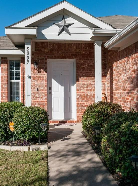 Sold Property | 5009 Meridian Lane Fort Worth, Texas 76244 2