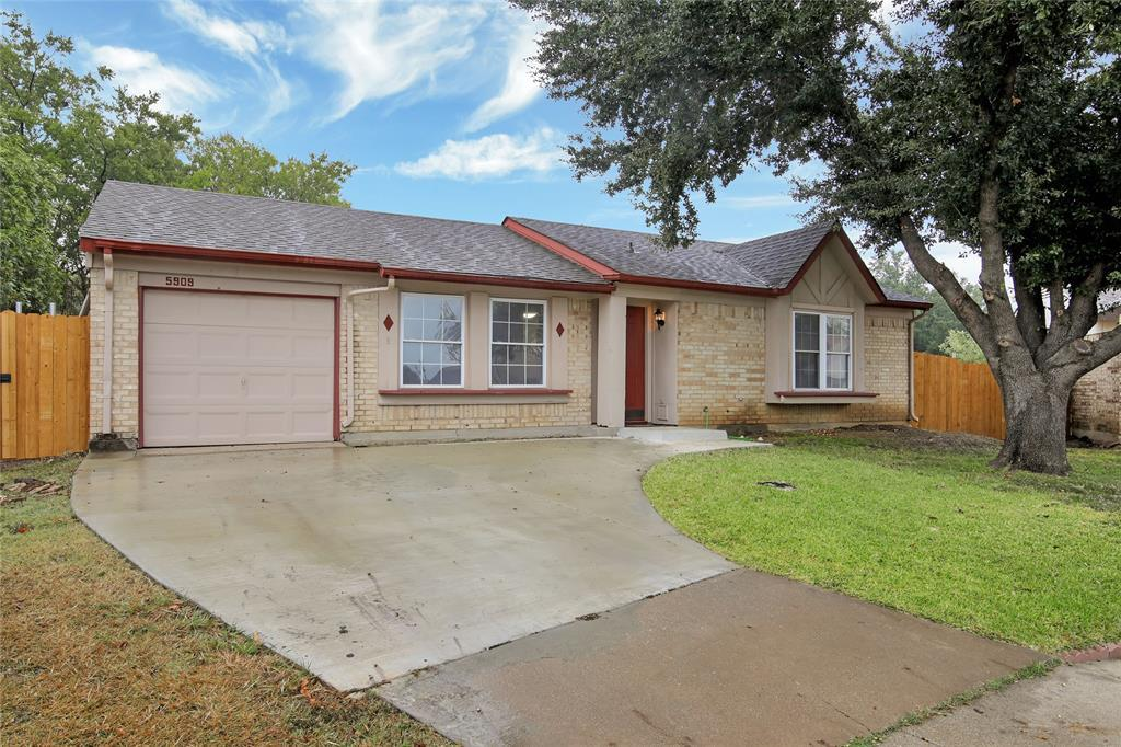 Sold Property | 5909 Oregon Trl Court Haltom City, TX 76148 1
