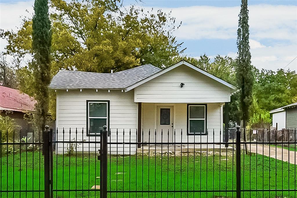 Active | 2834 Seevers Avenue Dallas, TX 75216 0