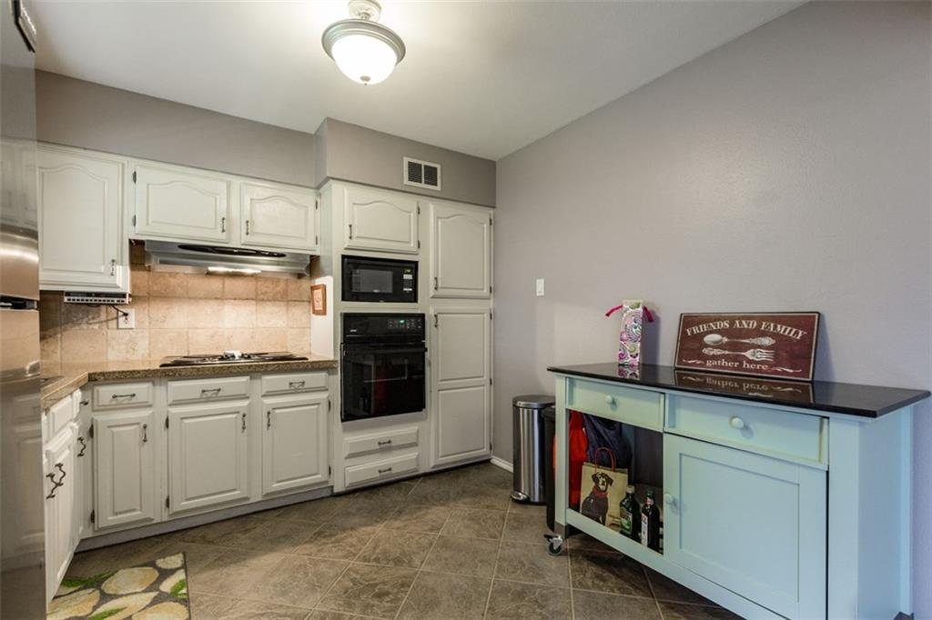 Sold Property | 11327 Lippitt Avenue Dallas, Texas 75218 11