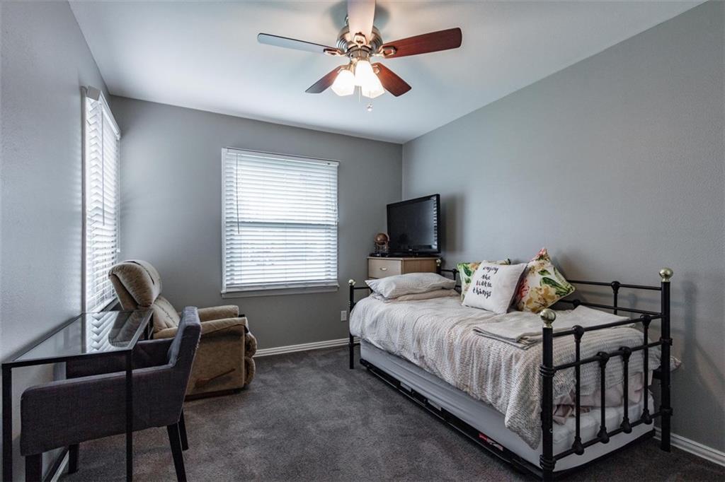 Sold Property | 11327 Lippitt Avenue Dallas, Texas 75218 20