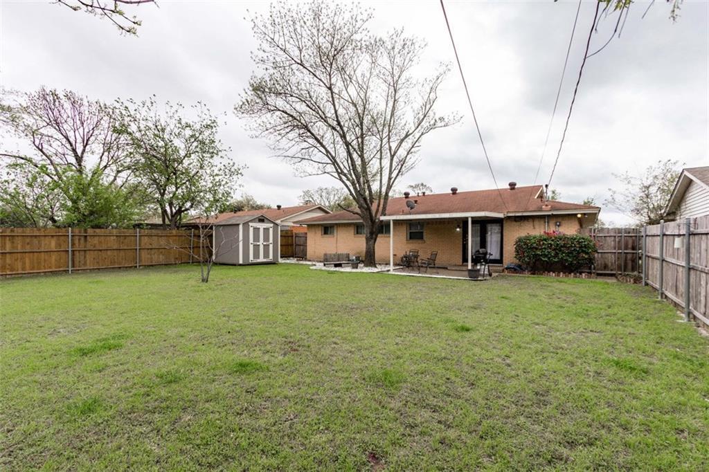 Sold Property | 11327 Lippitt Avenue Dallas, Texas 75218 24