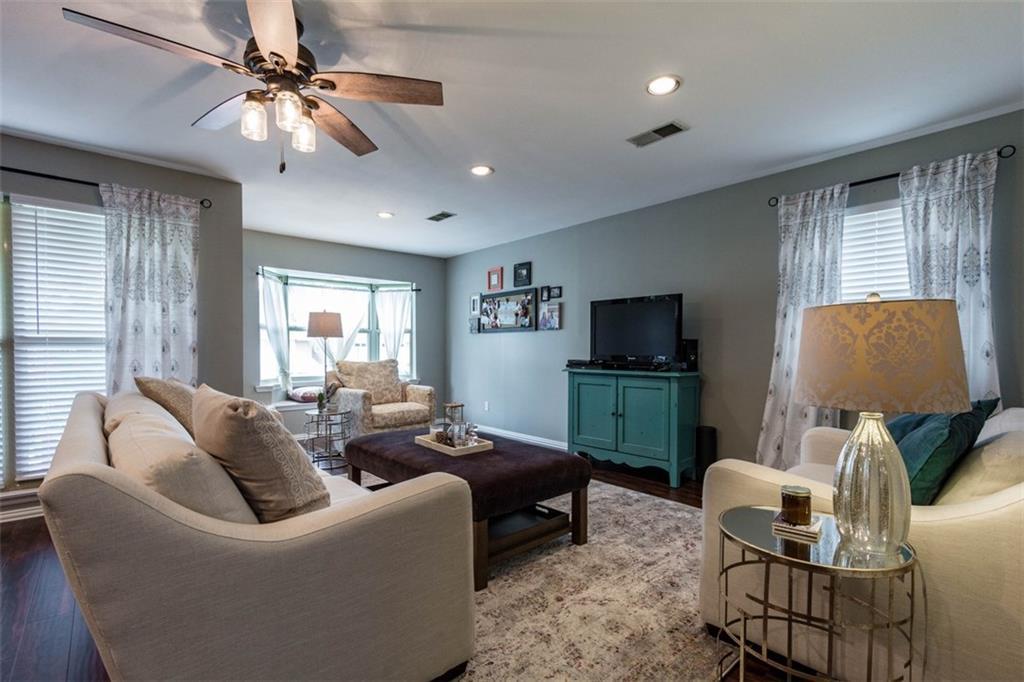 Sold Property | 11327 Lippitt Avenue Dallas, Texas 75218 4