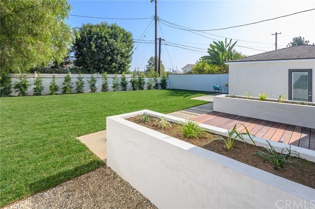 Closed | 7920 Glider  Avenue Los Angeles, CA 90045 18
