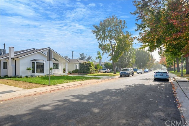 Closed | 7920 Glider  Avenue Los Angeles, CA 90045 27