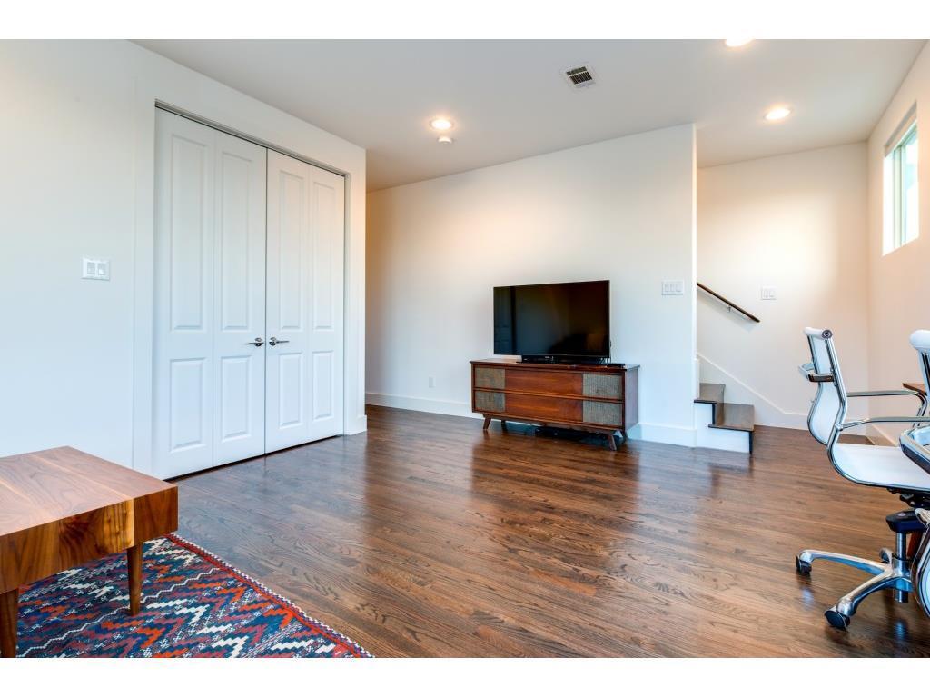 Sold Property | 3009 Zenia Drive Dallas, TX 75204 16