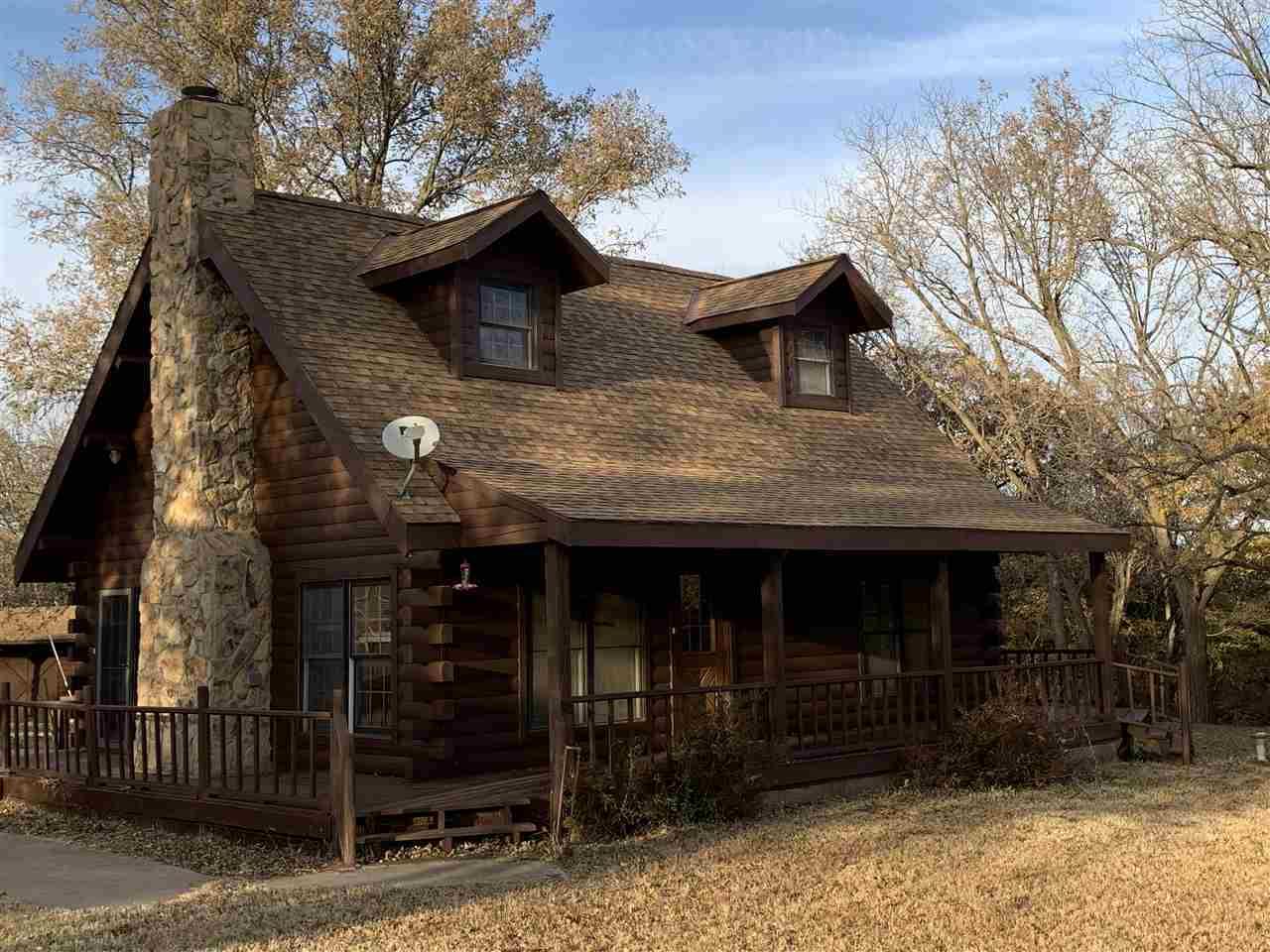 #century21groupone,#homesforsaleponcacity,#poncacityrealestate | 10301 Cedar Bluff Rd. Kaw City, OK 74641 1