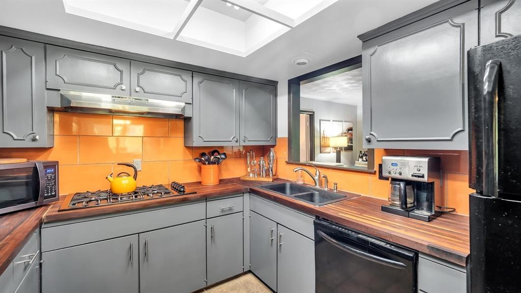Sold Property | 9786 Twin Creek Drive Dallas, Texas 75228 11