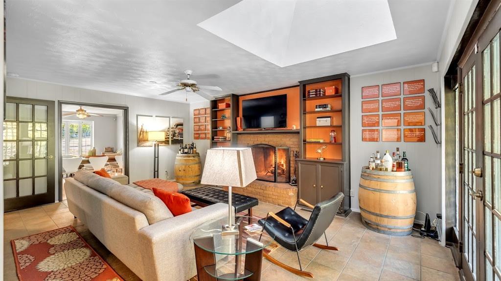 Sold Property | 9786 Twin Creek Drive Dallas, Texas 75228 16