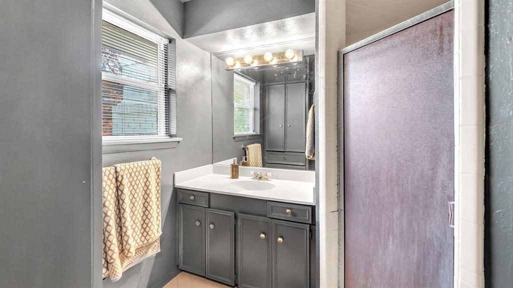 Sold Property | 9786 Twin Creek Drive Dallas, Texas 75228 25