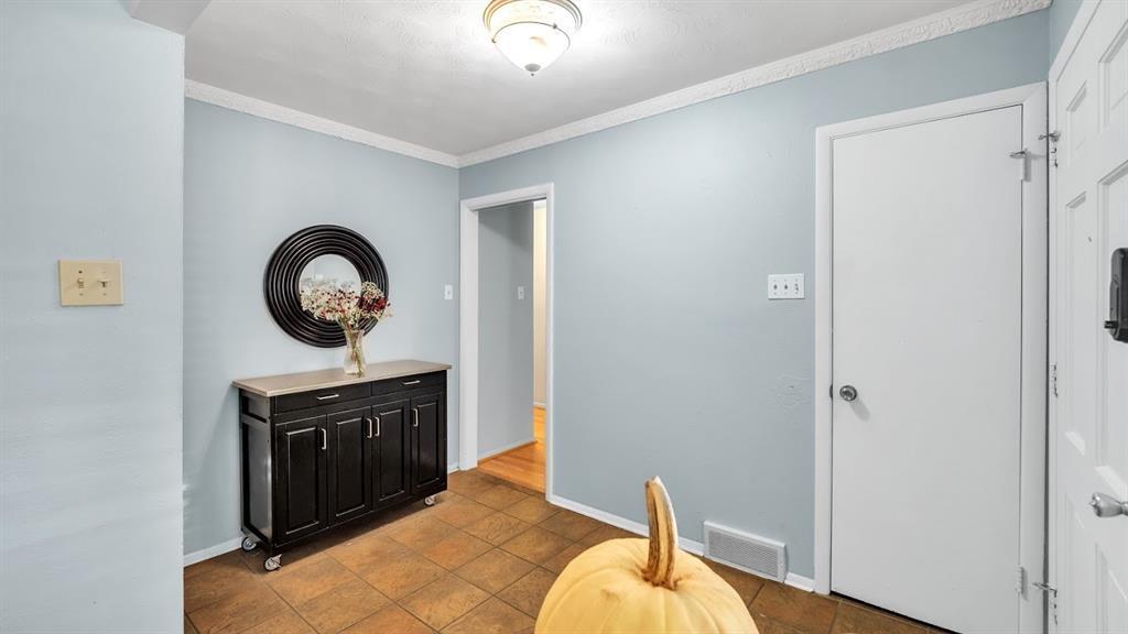 Sold Property | 9786 Twin Creek Drive Dallas, Texas 75228 8