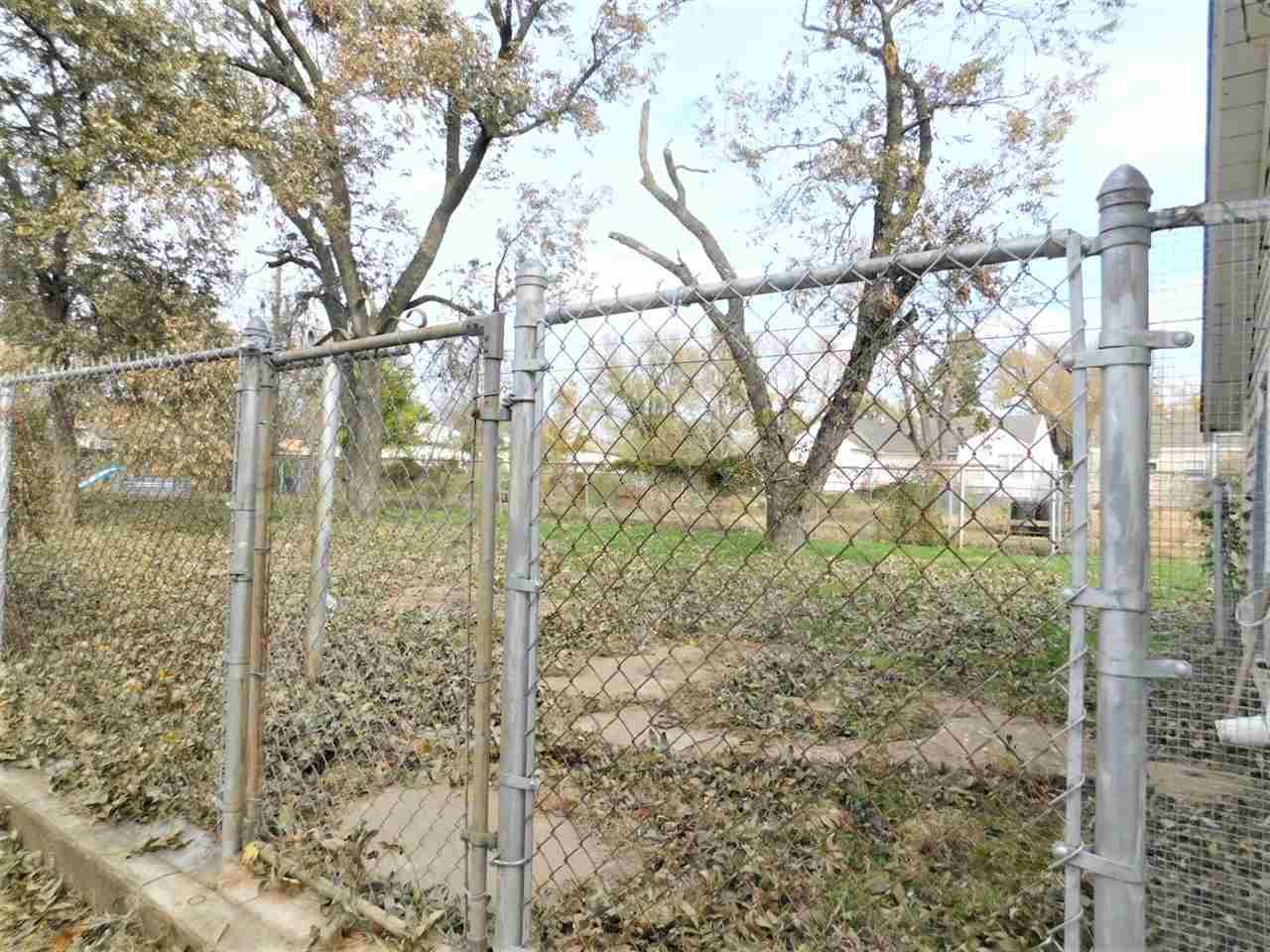 #century21groupone,#homesforsaleponcacity,#poncacityrealestate | 1515 S 7  Ponca City, OK 74601 14