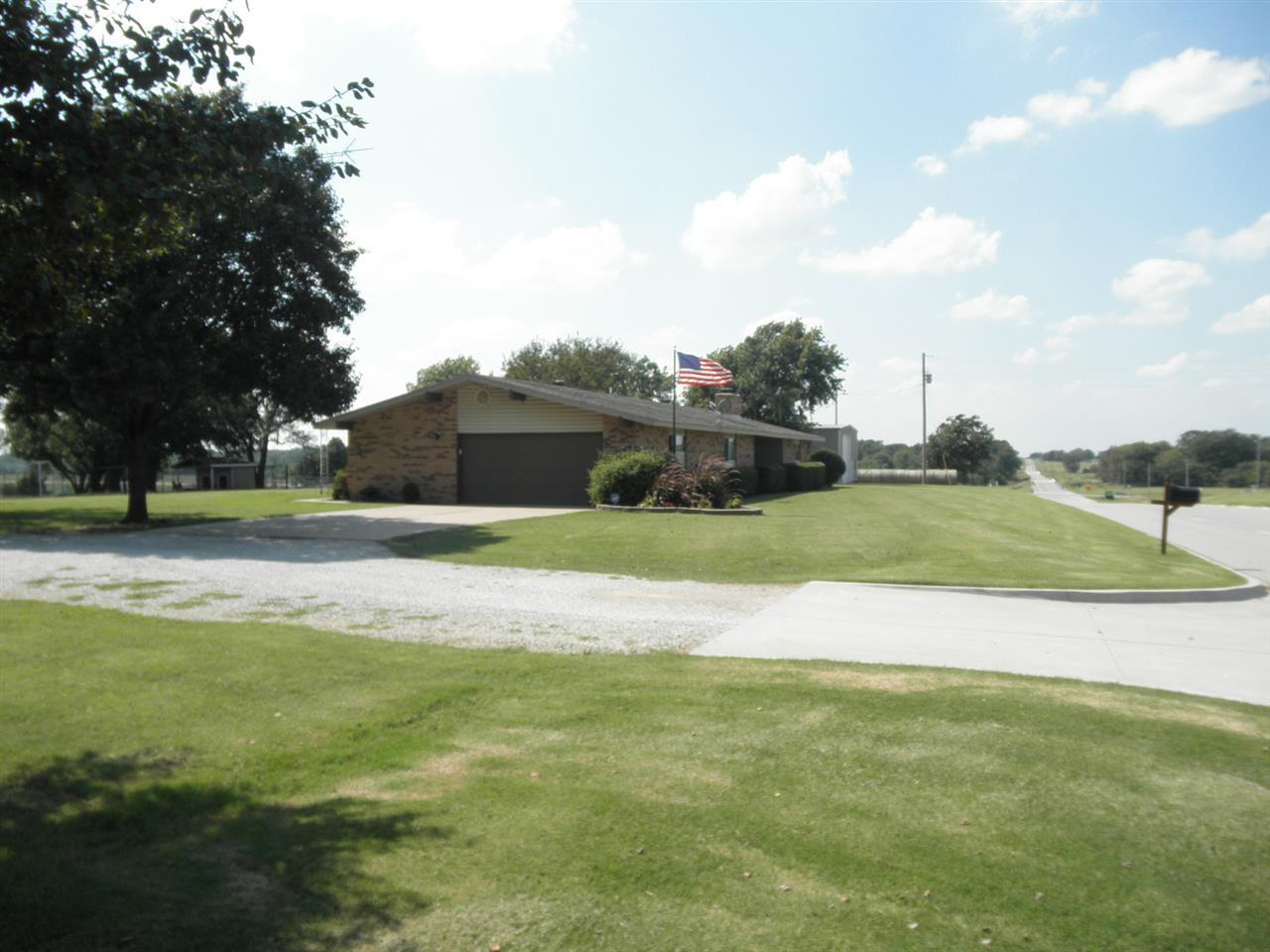 Sold Intraoffice W/MLS | 1400 W Hubbard Road Ponca City, OK 74601 1