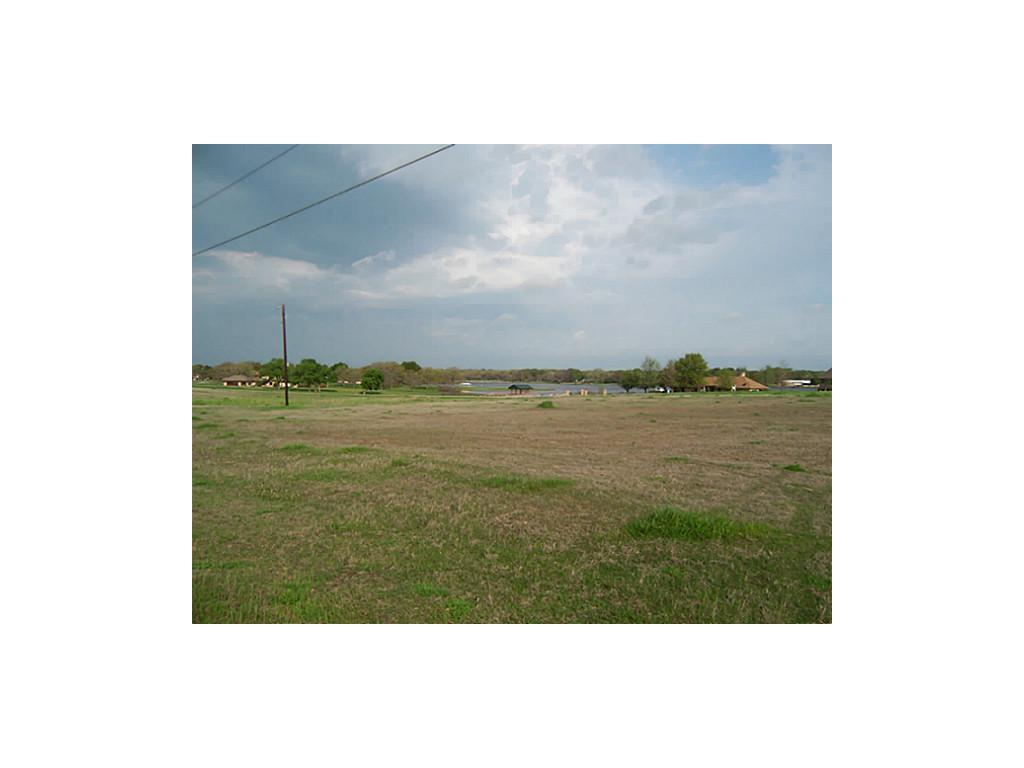 Sold Property | 2000 Lake Side  Bonham, Texas 75418 3