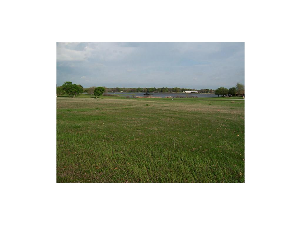 Sold Property | 2000 Lake Side  Bonham, Texas 75418 5