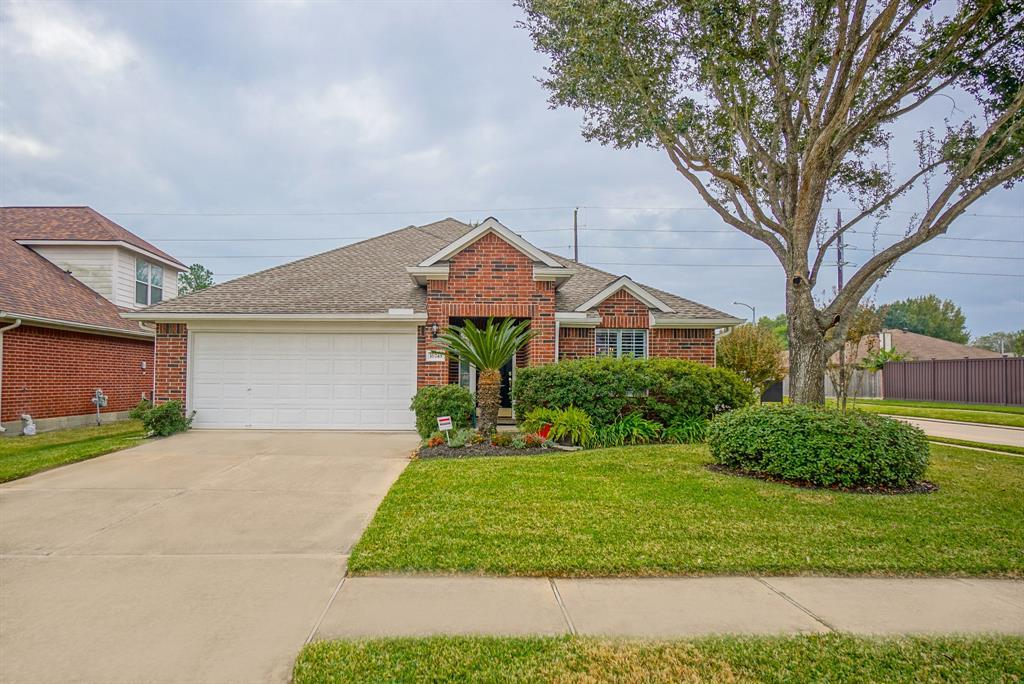 HOUSTON HOME FOR SALE, UNDER $230,000, ONE STORY HOME FOR SALE | 16743 Marston Park Lane Houston, TX 77084 2
