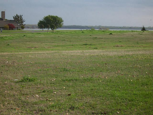 Sold Property | 2110 Lake Side  Bonham, Texas 75418 3