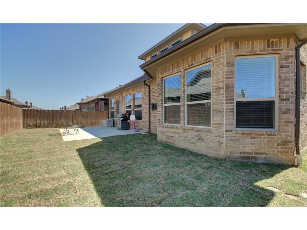 Sold Property | 8325 Sandhill Crane Drive Fort Worth, Texas 76118 18