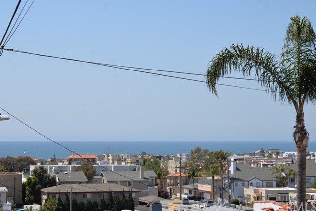 Closed | 820 9th Street Hermosa Beach, CA 90254 11