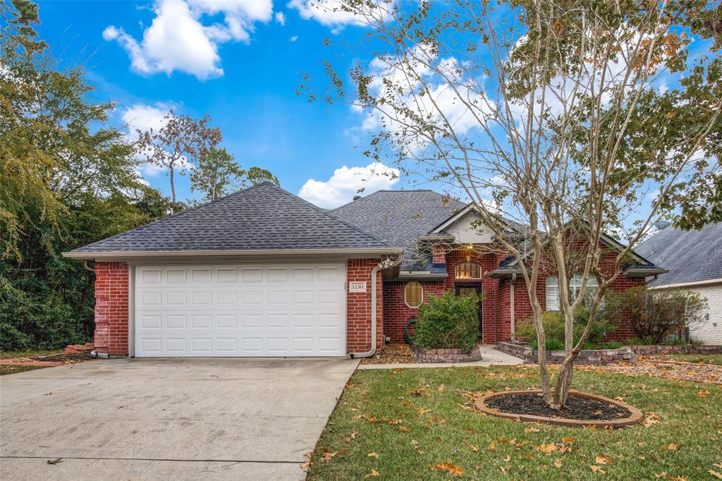 Pending Continue to Show | 12311 Browning  Drive Montgomery, TX 77356 2
