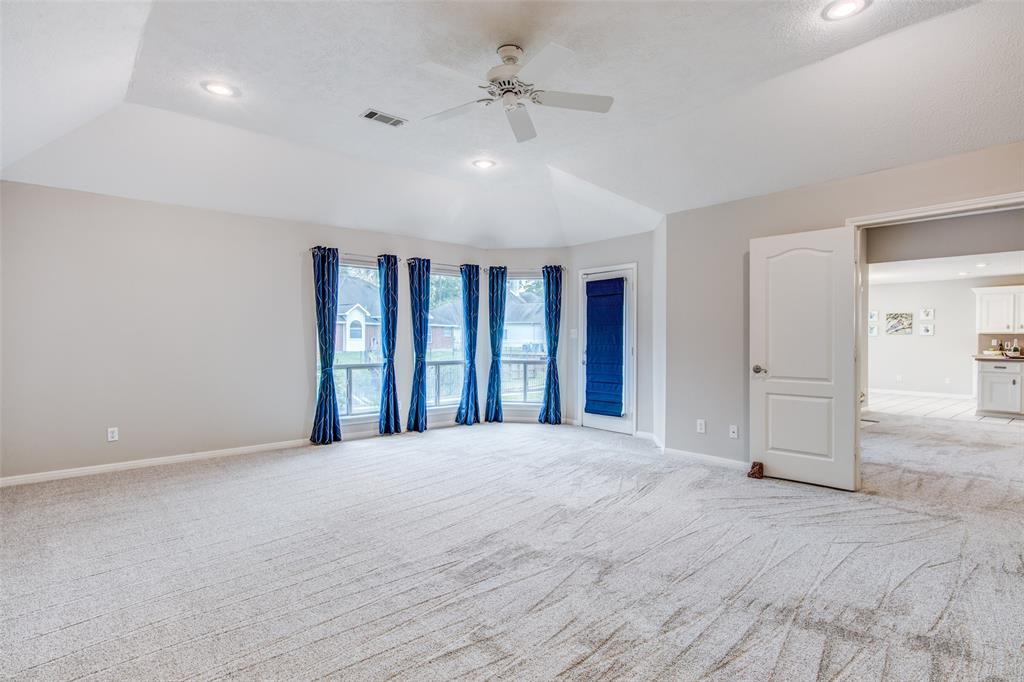 Pending Continue to Show | 12311 Browning  Drive Montgomery, TX 77356 17