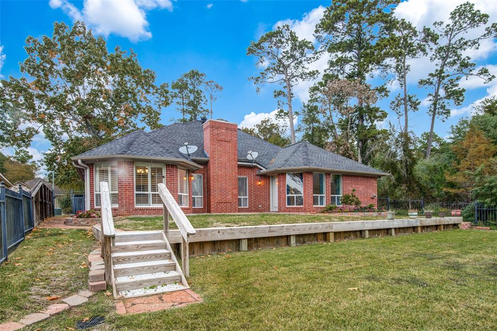 Pending Continue to Show | 12311 Browning  Drive Montgomery, TX 77356 23